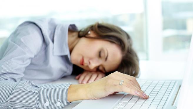 Mujer con narcolepsia