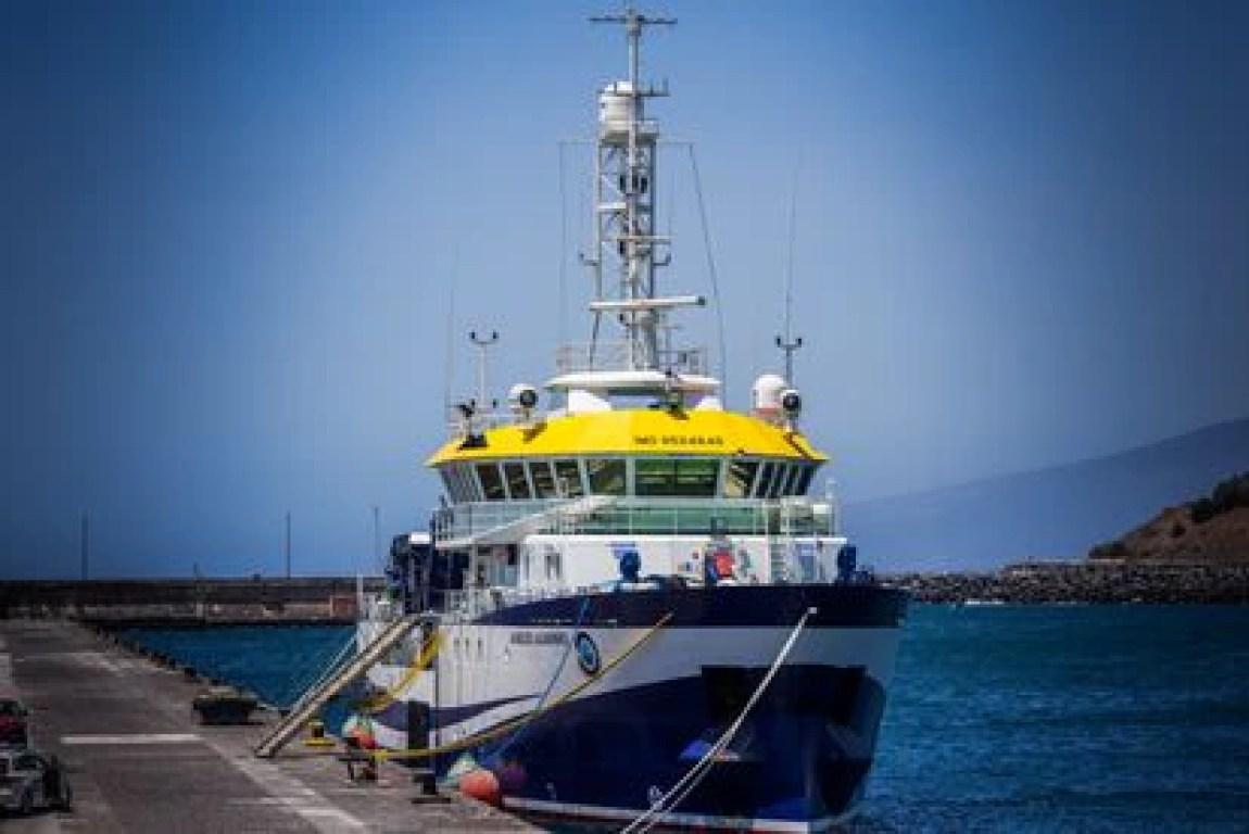 The ship 'Ángeles Alvariño', docked at a dock in the Port of Santa Cruz de Tenerife.