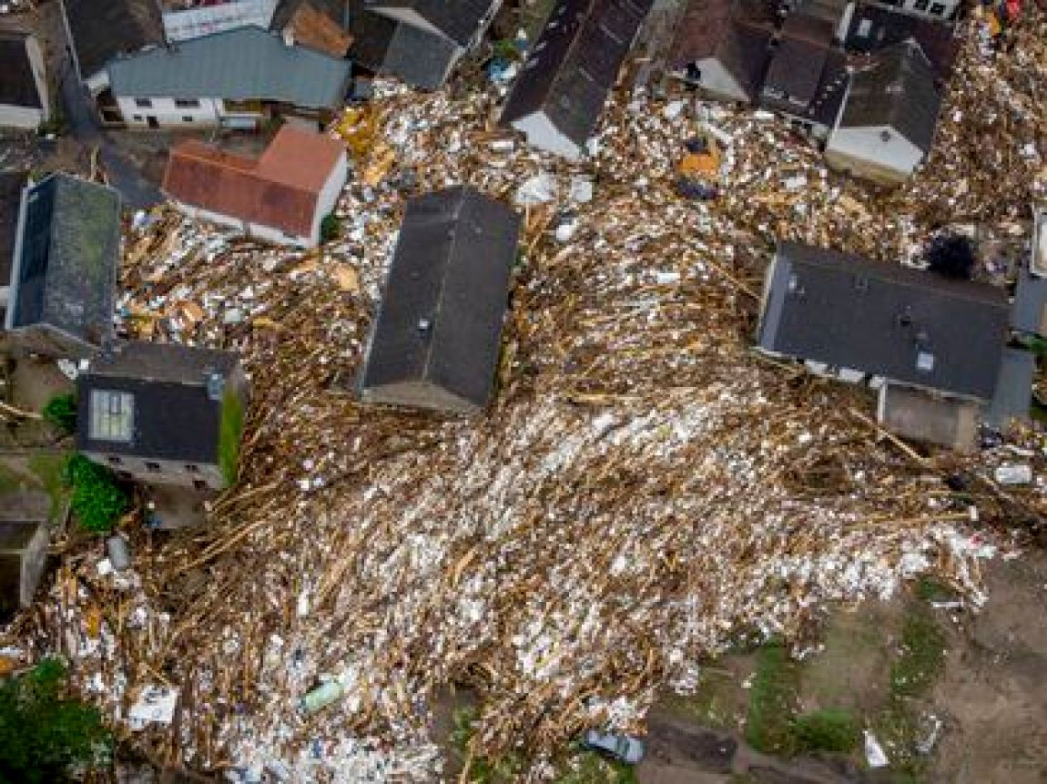 Remains of houses reduced to rubble and of trees and other elements washed away in Schuld (Germany).