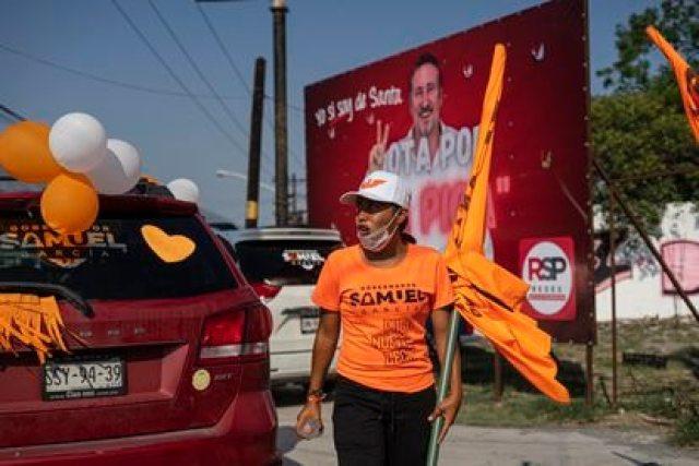 Simpatizantes de Movimiento Ciudadano durante un evento en Santa Catarina, Nuevo León, el día de hoy.