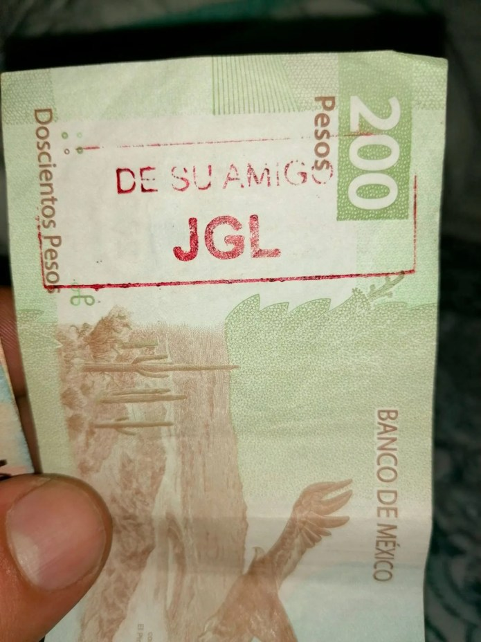 One of the photos of the shared tickets in Sinaloa.
