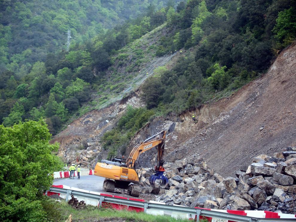 Obras actuales en el tramo de la N-260 entre Campo y El Run.
