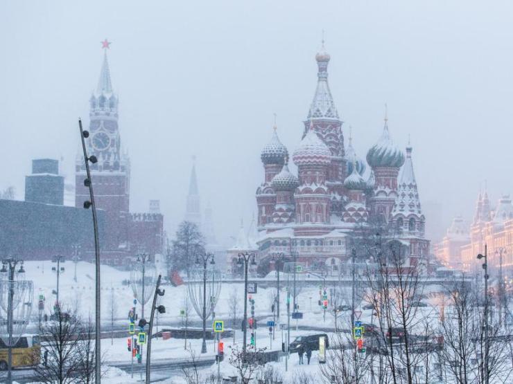 """Resultado de imagen para Una """"nevada apocalíptica"""" sepulta Moscú bajo 56 centímetros de nieve"""