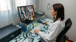 Teletrabajo: ¿puede la empresa despedir a un empleado por absentismo en casa?