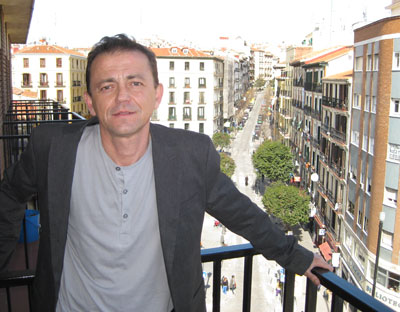 Víctor Sampedro.