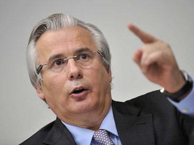 Baltasar Garzón durante su intervención en la universidad de Ginebra con motivo del Foro de Derechos Humanos./ AFP