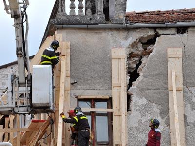 Efectos del terremoto de L'Aquila, en abril de 2009.