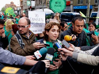 La portavoz de la PAH de Barcelona, Ada Colau, comparece ante los medio en una imagen de archivo.- REUTERS