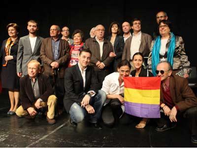 Los participantes en el acto de presentación de la Plataforma Comisión de la Verdad. REBECA MATEOS HERRAIZ (Periodismo Humano)