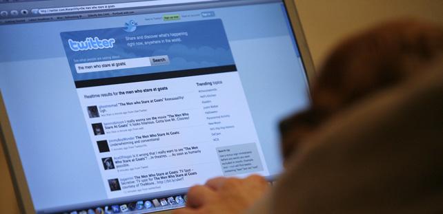 Los investigadores analizan a través del lenguaje cómo funcionan los mecanismos globales de comunicación y las redes sociales como Twitter.