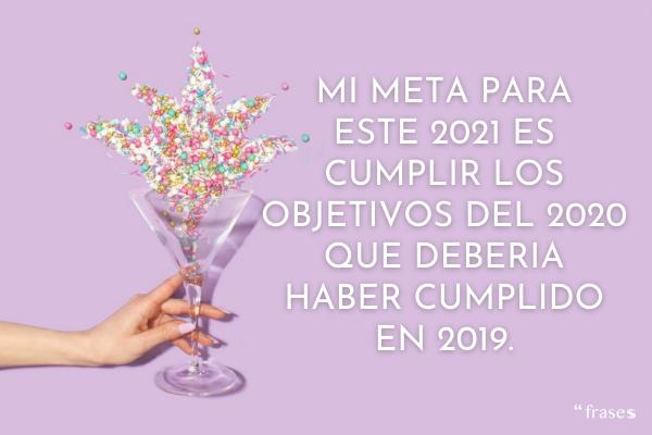 Imágenes Feliz Año Nuevo 2021 con Frases Cortas