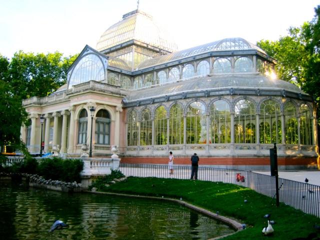 Imagenes palacio de Cristal en parque del retiro España Madrid