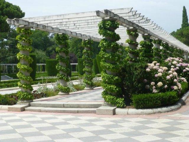 Jardin en el parque del retiro