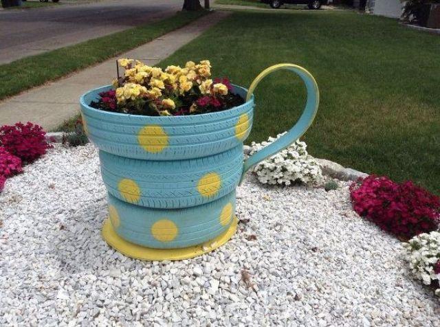Imagenes con ideas para decorar el jardin con flores