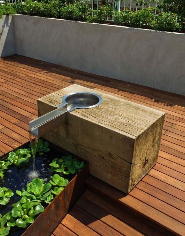 Fuentes de agua para decorar terrazas y jardines