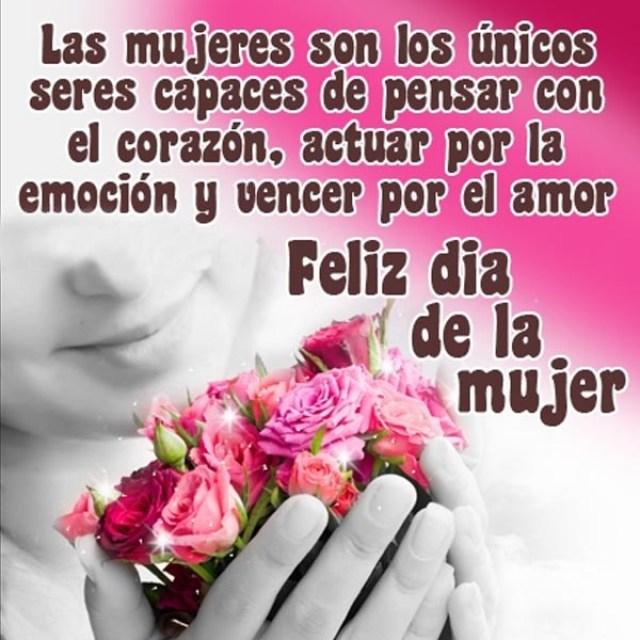 Imagenes con flores y frases feliz día de la mujer