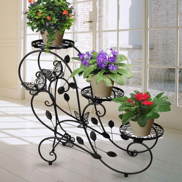 Fotos con ideas para decorar el jardín con hierro forjado