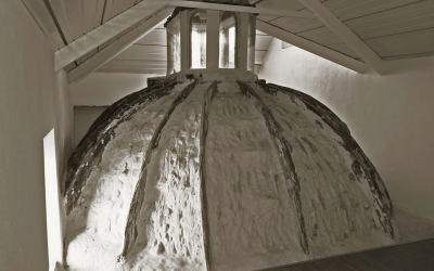 Techumbre cúpula de las escaleras del Palacio de Santa Ana
