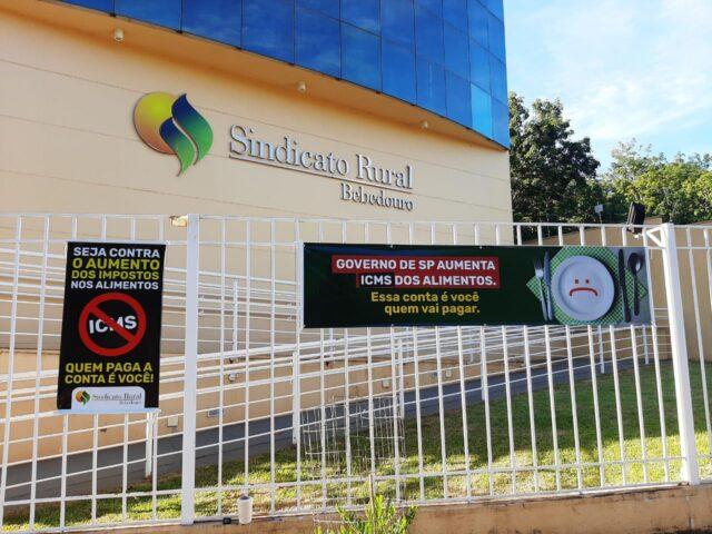 campanha de mobilização contra aumento de alíquota de ICMS, Sindicato Rural de Bebedouro (SP) , antes do tratoraço