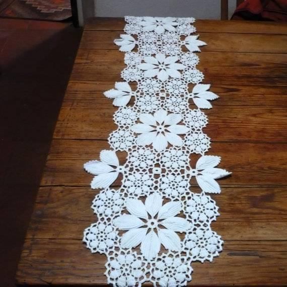 caminho de mesa de crochê grande