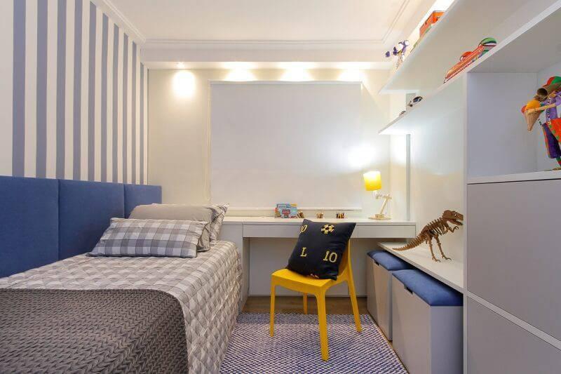 Escrivaninha quarto de menino