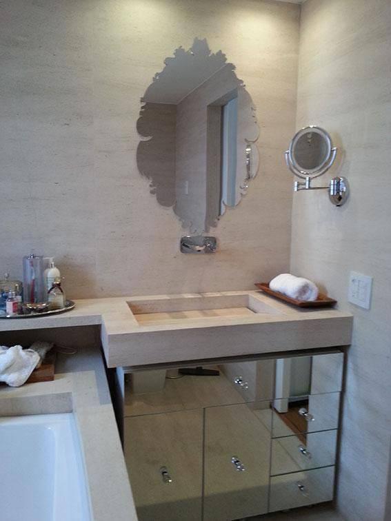 torneira para banheiro da Deca revestimento e espelho