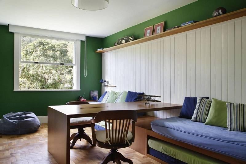cadeiras quarto de menino madeira e almofada migs arquitetura 24681
