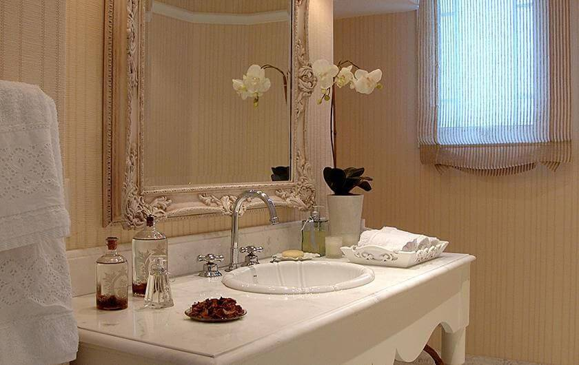 espelho para banheiro moldura antiga idalia daudt 101678