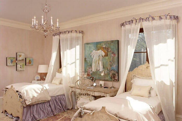quarto de princesas com dossel