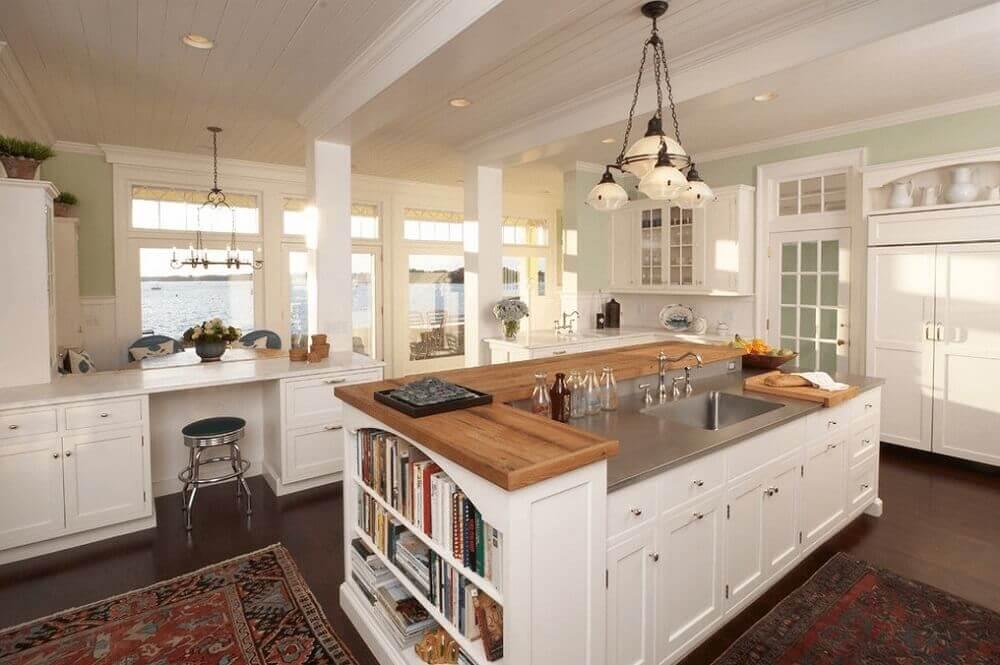 Modelo de ilha para cozinha com espaço para livros