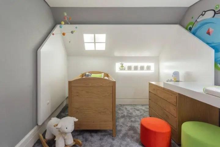 Claraboia em quarto de bebê