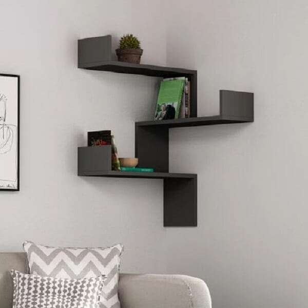 The corner niche is an extremely versatile and democratic piece