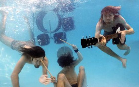 Nirvana portrayed in 1991 for the promotion of the album 'Nevermind'.