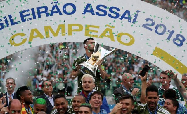 Palmeiras, campeão, Bolsonaro  REUTERS/Paulo Whitaker
