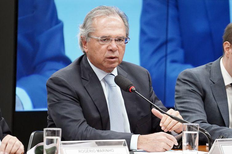 O ministro da Economia, Paulo Guedes, participa de audiência pública na Comissão Especial da Câmara que analisa a proposta de emenda à Constituição da reforma da Previdência (PEC 06/19).