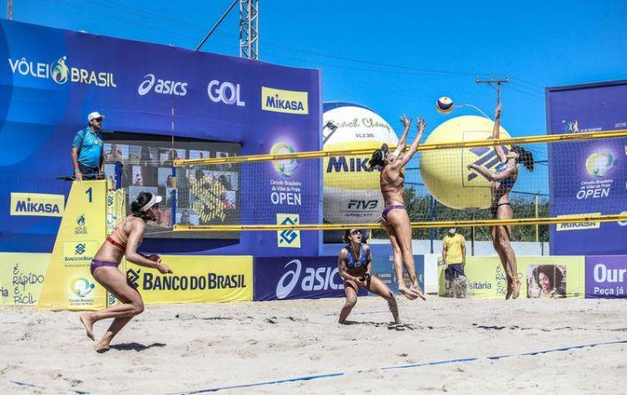 Ágatha e Duda venceram Bárbara Seixas e Carol Solberg na decisão da oitava etapa e são as campeãs da temporada 20/21 do Circuito Brasileiro de Vôlei de Praia