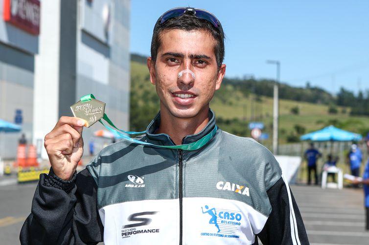 Viviane e Caio Bonfim, os campeões dos 20 km