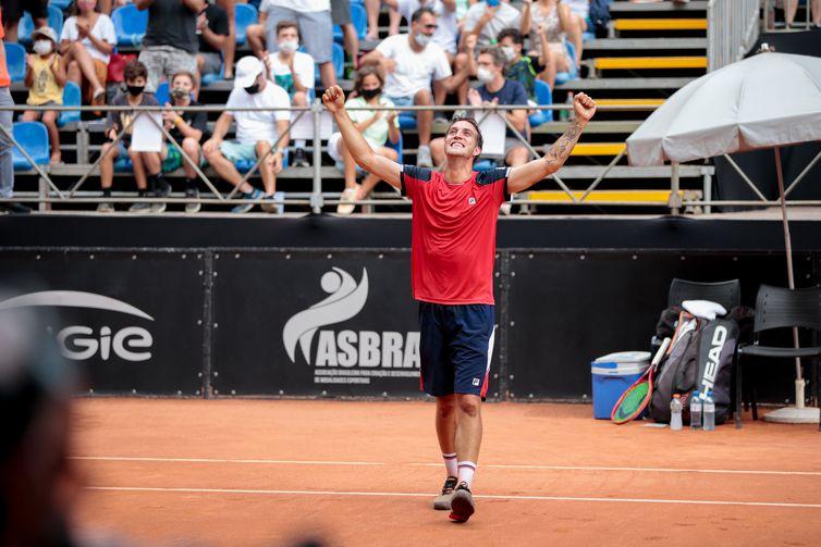 Felipe Meligeni consquista ATP Challenger de São Paulo