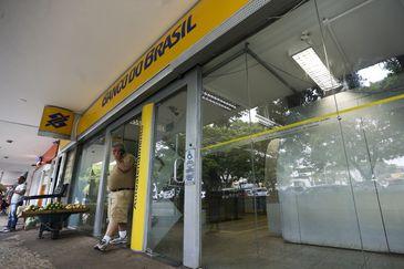 Brasília - Agências do Banco do Brasil vão funcionar de tarde por causa do jogo da seleção