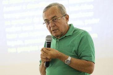 Adalberto Barreto, criador da terapia comunitária, durante curso de formação, em Brasília.
