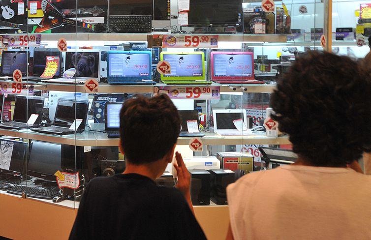 Lojas de Brasília, comércio, consumo, consumidor, computador, notebook