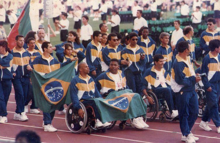 Abertura dos Jogos Olímpicos em Stoke Mandeville, em 1984 - Divulgação Projeto Memória Paralímpica Brasileira