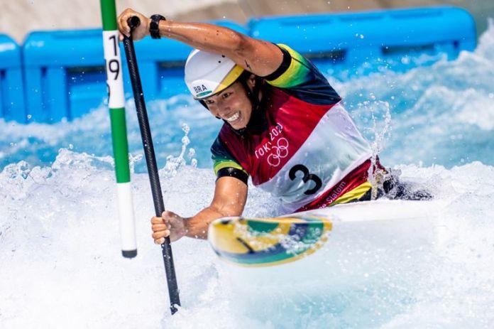 Ana Sátila termina em 10º lugar na final da canoa (C1) em Tóquio 2020 - Olimpíada