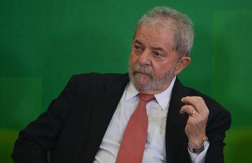 Brasília - O novo ministro da Casa Civil, Luiz Inácio Lula da Silva, na cerimônia de posse  (José Cruz/Agência Brasil)