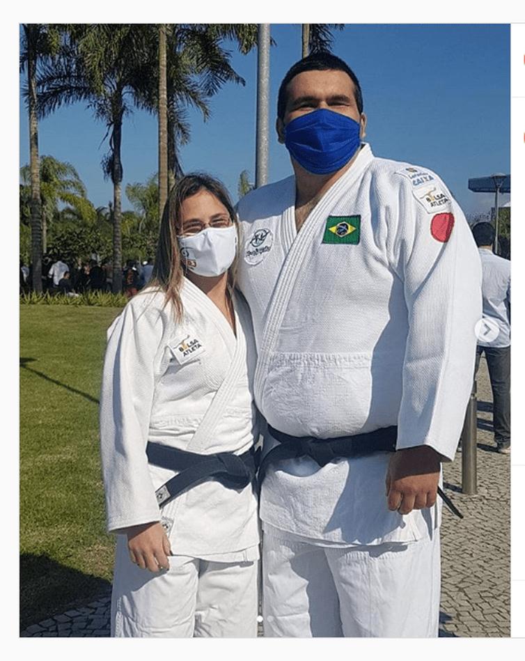Foto do perfil de cbdvoficial cbdvoficial Nesta quarta (12), nossos judocas @karlafcjudo e @wilians_araujo_judo foram homenageados, no Rio.