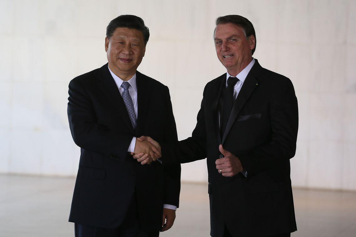 O presidente Jair Bolsonaro recebe, o presidente da República Popular da China, Xi Jinping, no Palácio do Itamaraty, em Brasília