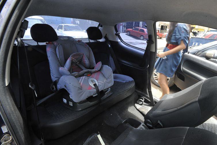 Cadeirinha para transportar crianças