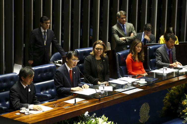 O Senado Federal realiza sessão especial em comemoração aos 111 anos da imigração japonesa no Brasil.