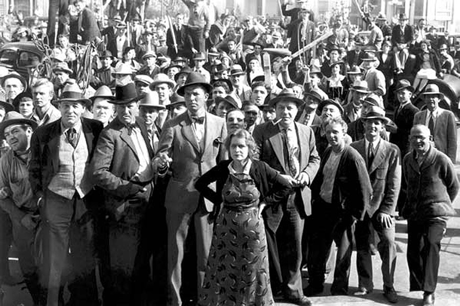 A multidão em fúria