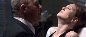 Em Hannibal (2001) sai Jodie Foster, entra Julianne Moore